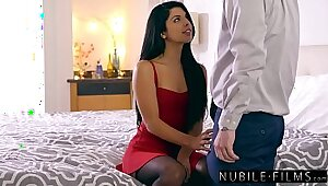 Thick Mom seduces her son because he is trade manager BF