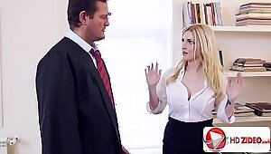 Beautiful scion Georgie Lyall gets hammered and creampied