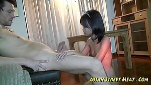 thai squirter looking for a job