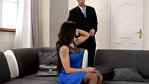 Real estate agent gets his dick sucked and fucked by wife for discount